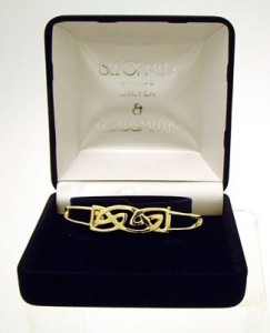 Gold Hebridean Bangle