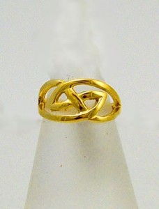 Gold Hebridean Ring