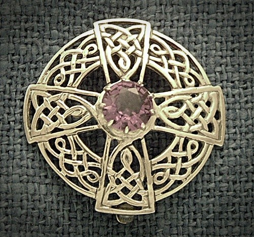 SILVER CELTIC BROOCH WITH AMETHYST