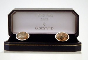 OVAL MULL GRANITE CUFFLINKS