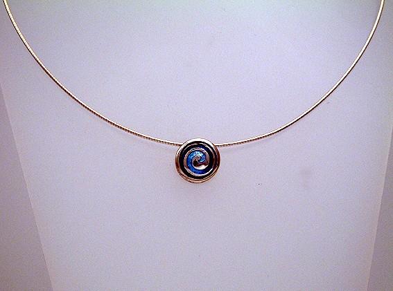 Pentland wave necklet